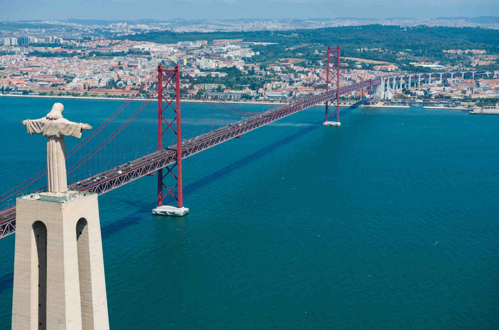самый большой мост в португалии фото питались советские