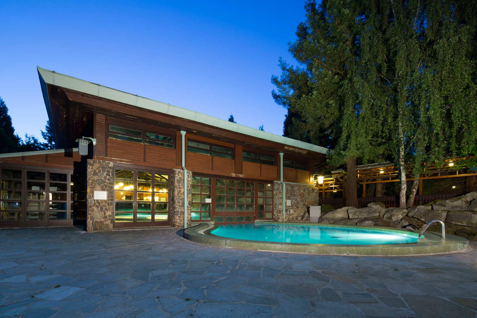 Disney 39 s hotel sequoia lodge for Hotel sequoia lodge piscine